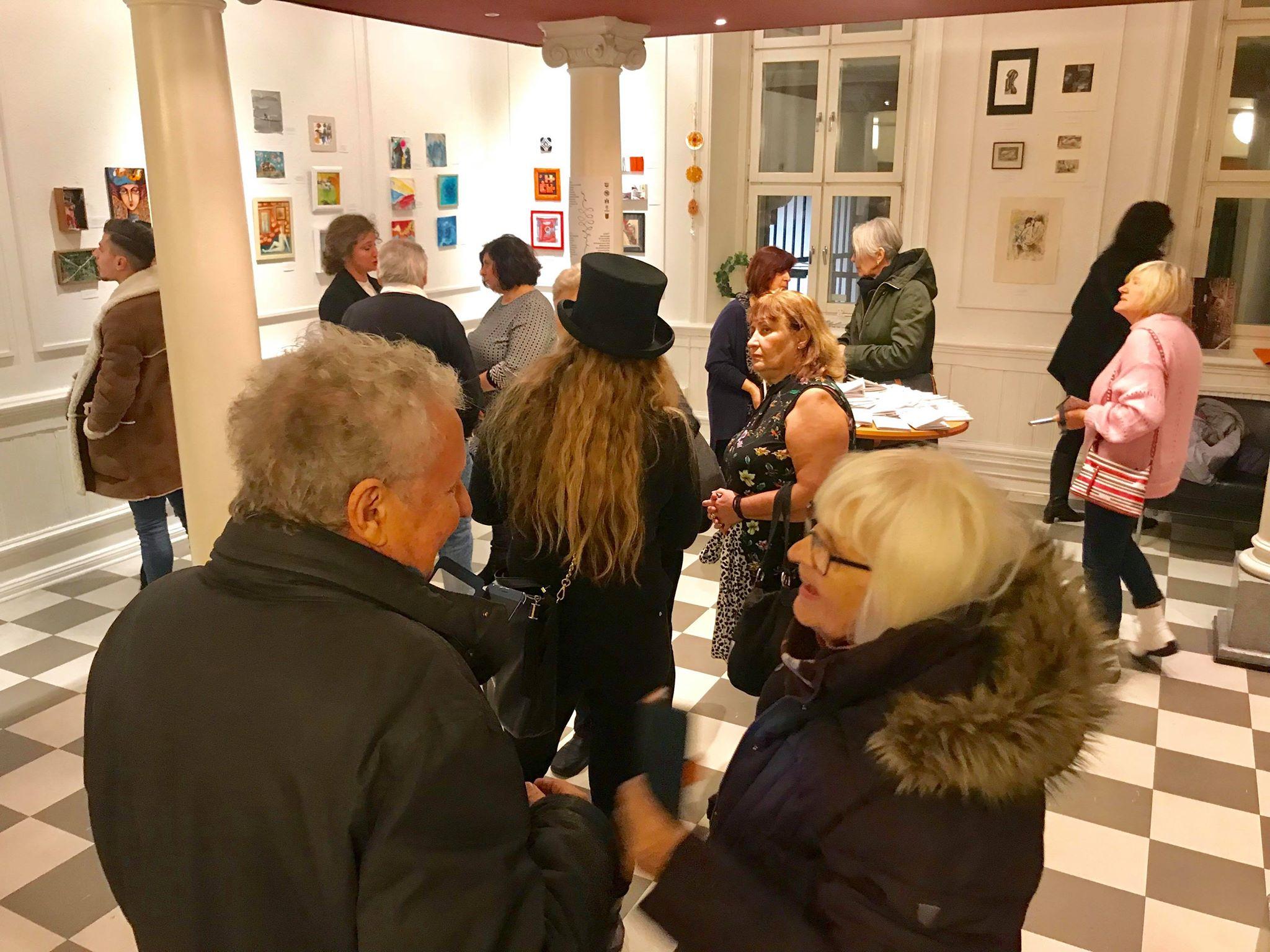 """Изложба """"ЖИВОТ""""- на 53 ликовни уметници од Македонија во Малме"""
