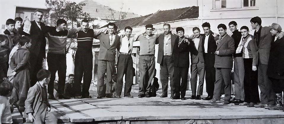СТАРИ ФОТОГРАФИИ НА КАВАДАРЦИ-ЕЛЕКТРОМОНТЕРИТЕ ОД 1961 ГОДИНА