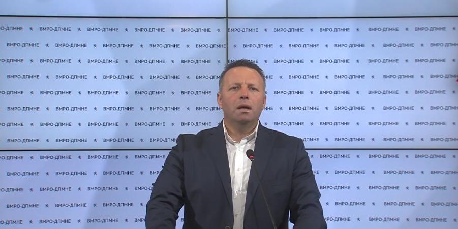 """/  Видео /    Прес на пратеникот Зоран Јованчев : """"Лозарите се изманипулирани  , грозјето  скапува по нивите"""""""