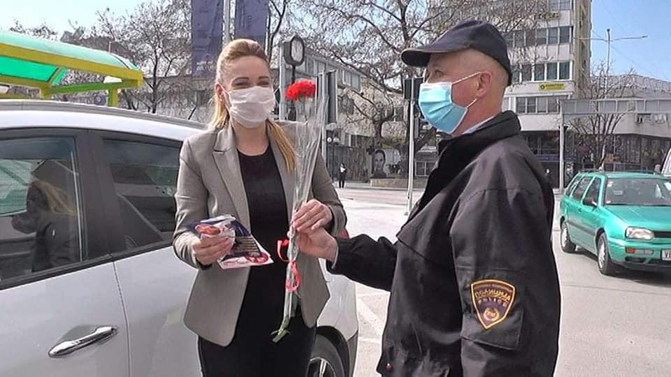 """(ВИДЕО) """"Жените возат одговорно - Среќен 8-ми март"""""""