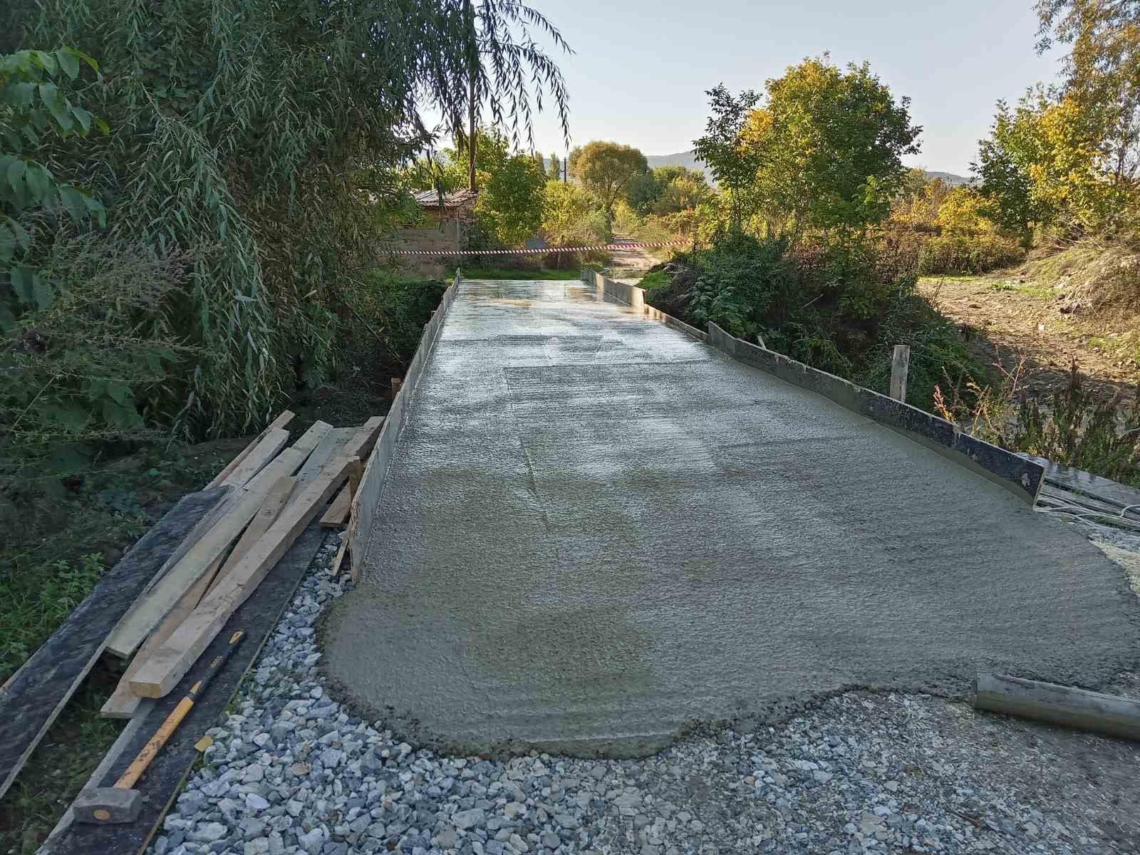 Реконструкција на мост кај месноста Танко Патче - Глишиќ